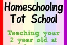 Tot School / Resources for teaching 'school' to Toddlers.