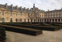 Paris Survey: Incredibly Sculpted Yews Everywhere Outside The Louvre / This area is in the Louvre's courtyard is known as the Place Du Carrousel. The plantings, consisting primarily of Hicks and other similar varieties of yews were installed in the early 1990s shortly after the Louvre's pyramid was installed. Yews are very hardy, quick growing plantings-- perfect for topiary hedges like those seen in these pictures.