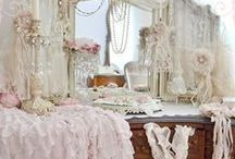Shabby Chic / by Aline Steele