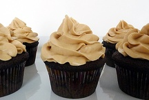 Cupcakes / by Kristin Villalovos