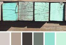 Paint Colors & Wallpaper / by Kristin Villalovos