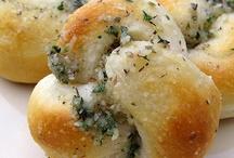 Recipes - Breads & Dips / by Jen Hughes
