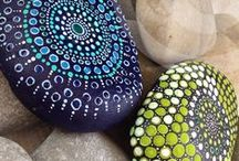 Painting Rocks... / Discover the magic of rocks, they are fascinating!