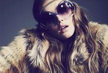 Pêlo / O pêlo voltará a ser um das tendências Outono/Inverno, principalmente nos casacos.  Esta tendência irá dar ao teus outfit, um ar mais elegante e moderno. #Fur