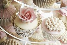 CuPcAkEs!!! / Fun cupcake design ideas. Pretty cupcakes that just look too good to eat :)