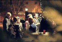 """Die zünftigste Weihnachtsfeier seit es KRAFTJUNGS gibt / Ganz schön zünftig ging's am 4.12 her, auf unserer Hüttengaudi-Weihnachtsfeier. Diesjähriger Schauplatz des Spektakels war die Almhütte des Hotels """"Erbprinz"""" in Ettlingen. In bayerischer Vollmontur wurde hier gelacht, getanzt und der wohl köstlichste Hirsch verspeist, der jemals durch den Schwarzwald röhrte. Vielen Dank an unsere beiden Chefs für diesen unvergesslichen Start in die Weihnachtszeit!"""