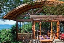 Treehouses Mapped / We love treehouses. We're on a mission to get more people into trees by showcasing the treehouses of the world. Pin your roost. www.roostinatree.com / by Roost