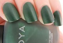 Pretty Polish Wants / Nail polish that I would love to own, hoard, and show off one day.