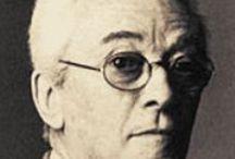 """Bruno Munari / Bruno Munari (Milán, 24 de octubre de 1907 - 30 de septiembre de 1998) fue un artista y diseñador italiano. Es considerado """"uno de los máximos protagonistas del arte, del diseño industrial y gráfico del siglo XX"""".La producción editorial de Munari se extiende por setenta años, desde 1929 a 1998, y comprende libros completos y propios"""