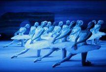 Ballet poses. / Ballet