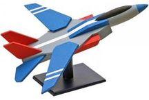 3D puzzels houten vliegtuig / Leuke houten 3d puzzels voor kinderen en volwassenen. Geschikt voor beginners en gevorderden. Alle houten bouwpakketten kun je eventueel lijmen, verven, vernissen. Een origineel cadeau voor vliegtuig liefhebbers!