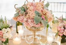Table setting / Flowets#roses#crystal#gold#classy#nature#