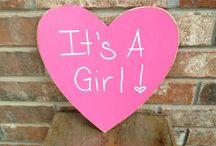 It's a girl!! / Voor het Gooische kleinkind!  Zo geweldig en heel welkom! De Nep oma's kunnen het bijna niet afwachten!❤️