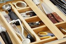 Drawer Organization / Ideas and inspiration to organize your home on a budget. Decorate and declutter your drawers on a budget.