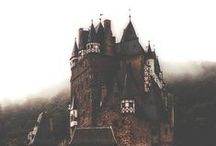 Castles / by Miryam Stern
