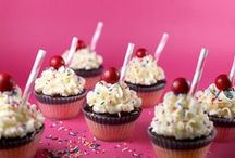 Cupcakes & CO / by Bianka Schmidt