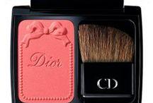 Make-up & beauty! / by Simona Steriu