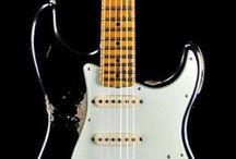 Guitar Pics / Pictures of guitars