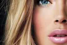 Nails & Makeup <3