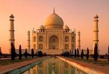 """""""Namaste"""" in Indien / Erleben Sie die Höhepunkte des Milliardenlandes Indien. Neben den kulturellen und architektonischen Highlights, wie dem Taj Mahal und der Tempelanlage von Khajuraho erleben Sie auch Natur pur! Begeben Sie sich auf Pirschsafari in unterschiedlichen Nationalparks und bekommen Sie mit etwas Glück einen der hier beheimateten Tiger vor die Linse. Lassen Sie sich von Indien verzaubern und lernen Sie dieses Land lieben!"""