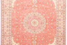 Peach Color Rug / Rugs & Color
