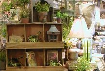 shop display ideas / eye candy and inspiration for the shopkeeper's soul....