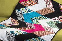 Modern Quilting / Sewing Modern Quilts