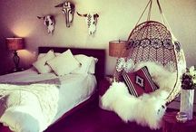 Home Decor / by Meredith Smith