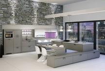 Graue Küchen / Küchen in Grau sind ganz und gar nicht langweilig. Wir zeigen wie elegant und stilvoll eine Kücheneinrichtung in Grau wirken kann.
