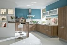 Helle Holzküchen / Kein anderes Material verleiht der Küche einen natürlicheren Charme als Holz. Ob Massivholz oder Holzdekor - die Gestaltungsideen mit Holz  für eine Küche sind unendlich vielfältig.