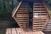 DIY - Wood - Pallets - Houses / by Kiki Maouw