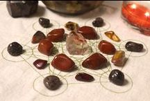 Red Crystals and Stones /  Red gemstones can be used to strengthen your body, encourage motivation & courage and to reenergize your mind, body and spirit.Red stones, as well as black, are also associated with the root chakra, and are powerful for root chakra healing.