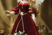 Karácsonyi Barbie babák
