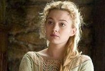 Susanna / Susanna Stengel- character in the Desolate Empire series
