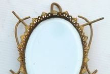 Vintage and Antique Mirrors / Miroirs anciens