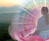 maïeutika [feminin sacré] / maïeutika : accompagnement au féminin sacré L'art d'accoucher de soi-même