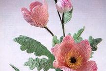 Crochet Flowers and Butterflies / Crochet designs of flowers, butterflies