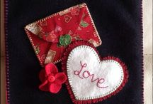 Valentines day / A Woolfelt banner for you to sew - www.celebrationbanners.com