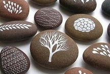 Maľovanie Na Skaly / Kedže možnosti maľovania na kamene sú naozaj nekonečné, venovala som im nástenku. Je to veľké množstvo nápadov.