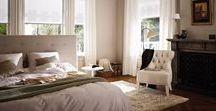 Woonstijl: Stijlvol & Klassiek / In een stijlvol en klassiek interieur spreken de meubels tot de verbeelding waardoor er verder geen harde kleuren of in het oog springende accessoires meer nodig zijn. Luxe stoffen maken het plaatje helemaal af.