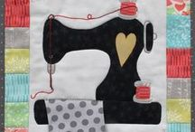 Quiltin' theme Applique Designs / Quilting, stitching, sewing themed quilt patterns and hangers. Small beginner friendly fusible applique patterns, easy to machine stitch for a quick one day quilting project!