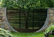 Buildings in the garden / Stavby na zahradě / Pergoly, přístřešky, chatky aj.