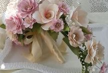 Floral art / All forms of floral art with a focus on artificial flowers