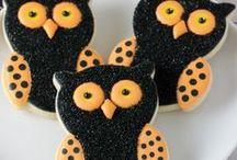 Halloween Cookies / Sweet treats for everyone's favorite holiday!