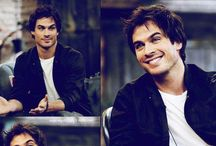 The Vampire Diaries: Damon Salvatore ( Ian Somerhalder )