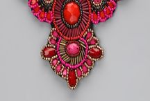 beading + jewellery / Beautiful beaded jewellery, some tutorials, ideas and inspiration / by Sam J