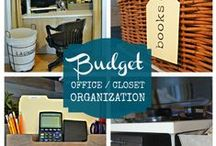 Home Office: Organizing Small Spaces / Creative ideas on how to organize your small home office space or craft area.