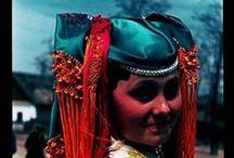 Hungarian Pinner / Hungarian folk costumes -   A magyar népviselet fontos, látványos alkotóelemének bemutatása