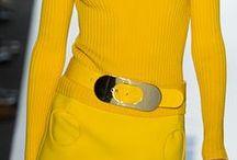 2013  Always fashionable / A napi divat az üzlet, a jól szabott egyedi ruha örök darab