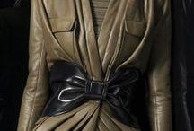 Leather fashion / Az első ruháink. Kitartásunkat bizonyitja, hogy még mindig szivesen viseljük, remélem  inkább a mübőr  változatát.